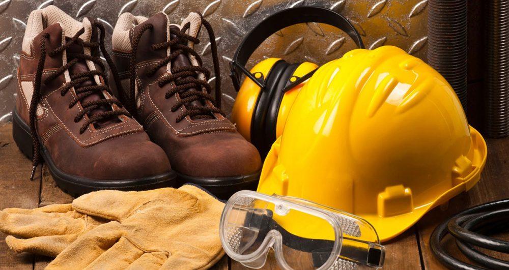 echipament-de-lucru-si-protectie